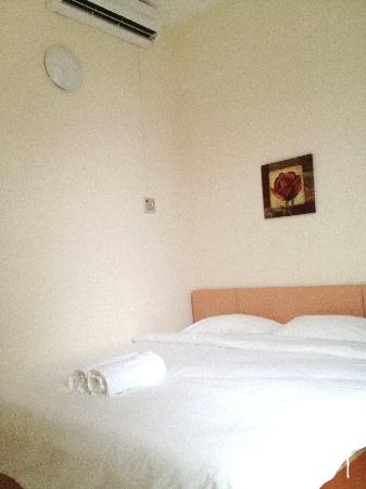 Ku Inn Hotel: Double Bed Room View