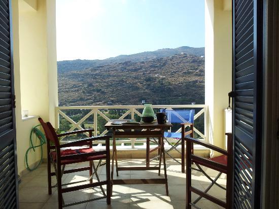 Anemomiloi Andros: Morgenkaffe på verandaen