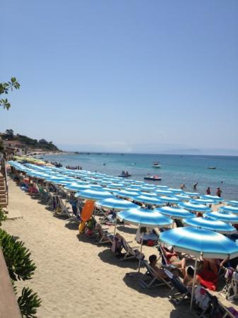 Villaggio Santa Maria: spiaggia.