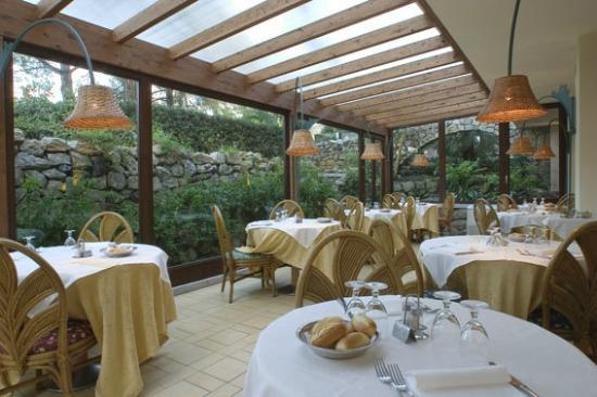 Hotel Dei Coralli: Sala Ristorante / Veranda
