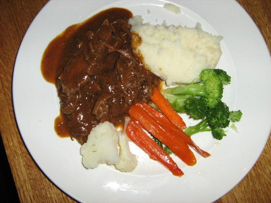 The Timbers Restaurant: Pot roast with mashed potatoes and steamed vegetables
