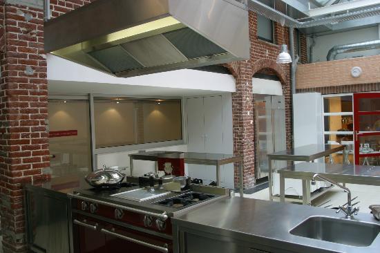 Lyon picture of l 39 atelier des chefs paris tripadvisor - Location atelier lille ...