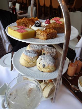 The Grill At The Montcalm: sandwiches, scones and pastries