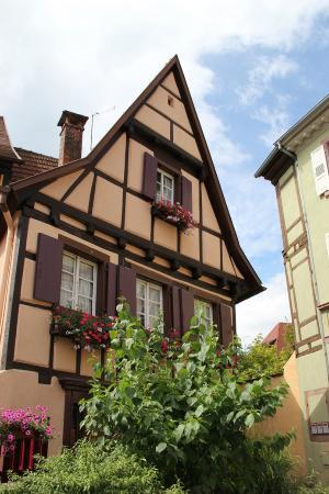 Hotel Le Menestrel : maison à Ribeauvillé