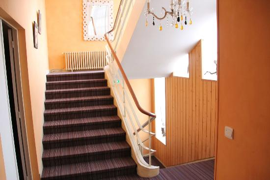 Family Golf Hotel : Staircase