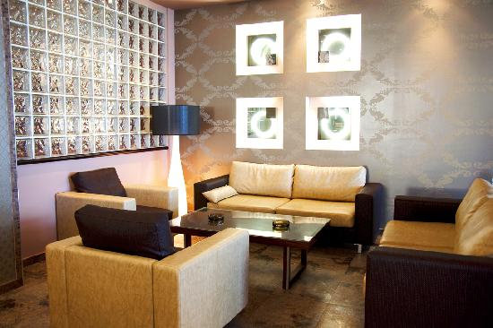 Kipriotis Hotel Rhodes: bar/lounge