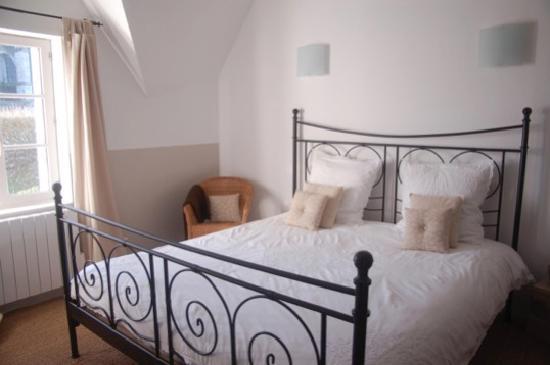 Saint Pierre Appart's Hotel: chambre Saint-Pierre