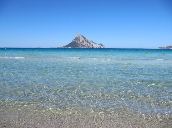 Lu Impostu Beach: cala taverna - porto san paolo
