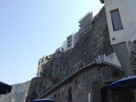 Hotel Giosue a Mare : vista dalla spiaggia
