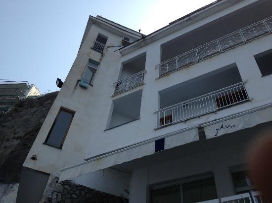 Meta, Ιταλία: vista hotel dalla spiaggia