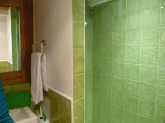 Hotel El Cerco: Imagen del baño