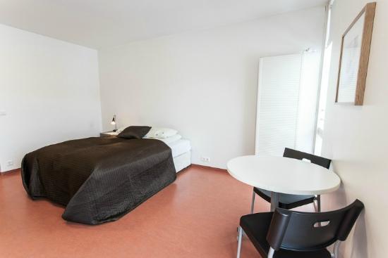 Hotel Bifrost: room