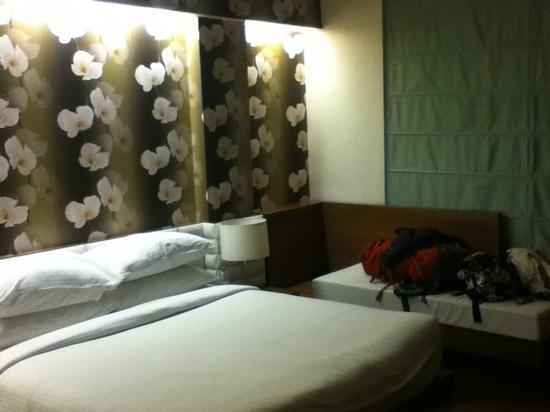Sage Hotel: my single comfy room