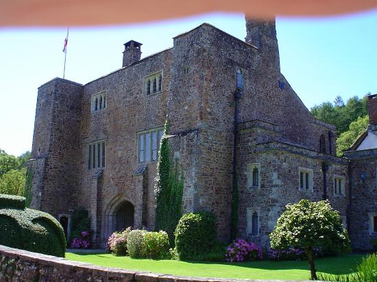 Jurassic Coast: Bickleigh Castle.
