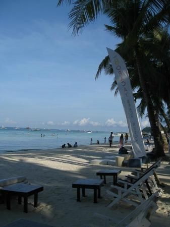 Boracay Beach Resort: beachfront 5