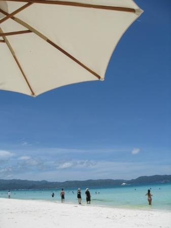 ‪‪Boracay Beach Resort‬: beachfront 1‬