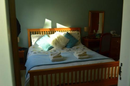 Ardmorn Holiday Accommodation: Bed2