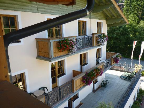 Schmittenhof: hotel vista laterale dalla camera