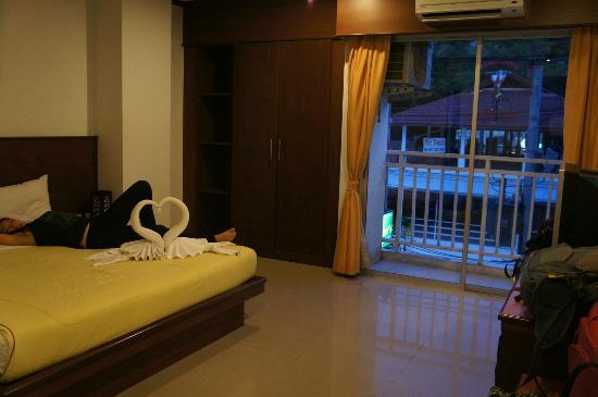 AsiaLoop G-House: my room
