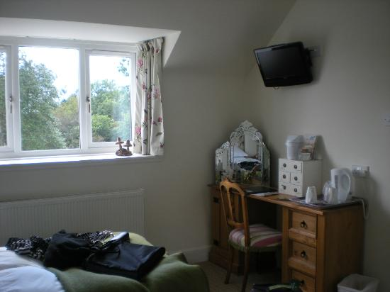 Hollyburn House Bed and Breakfast: tea and coffee making facilities