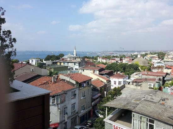 Erguvan Hotel: Vista panoramica frontale terrazza hotel