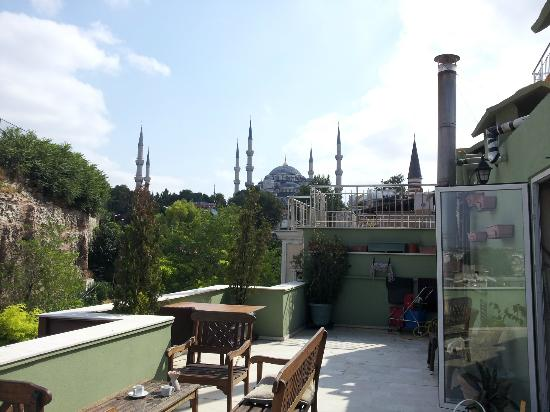 Erguvan Hotel: Vista panoramica lato terrazza hotel
