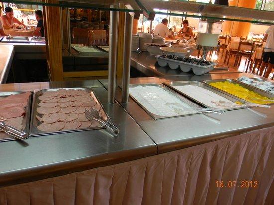 Evi Hotel Rhodes: Breakfast