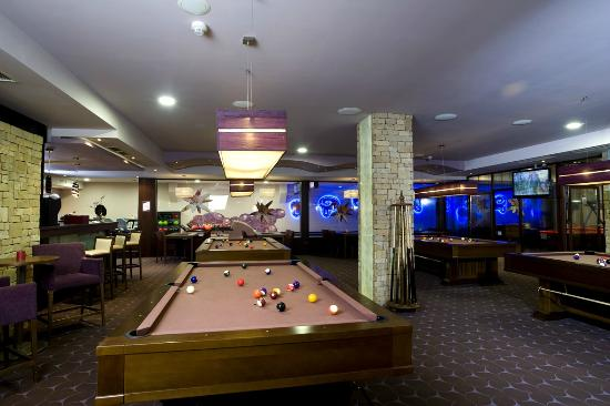 Wellness Hotel Chopok: Relax bar - bowling, biliard
