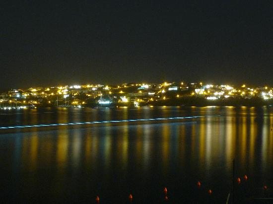 Hotel Agamenon: View from the terrace by night