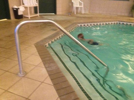 Country Inn & Suites By Carlson, St. Cloud East, MN: The Pool