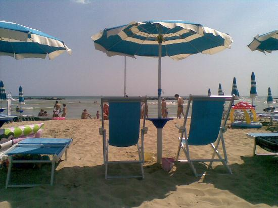 Residence Oltremare: spiaggia