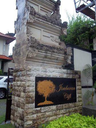 Jimbaran Cliffs Private Hotel & Spa: the hotel