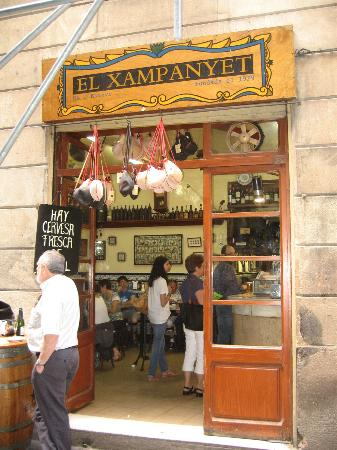 El Xampanyet: The entrance