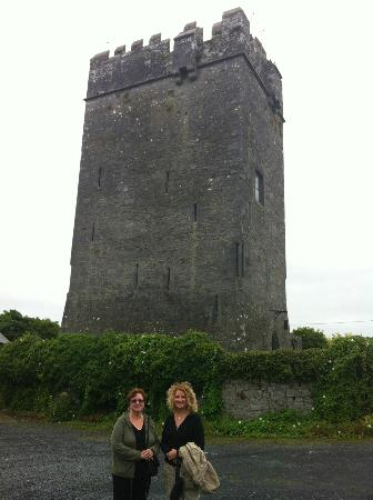 Ballyhannon Castle: The Castle Tower, where we stayed