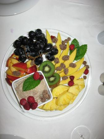"Tremeifion Vegetarian Hotel: A ""heavenly"" dessert"