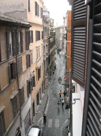 Duca D'Alba Hotel: View up the street