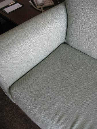 DoubleTree Suites by Hilton Doheny Beach - Dana Point: More stains