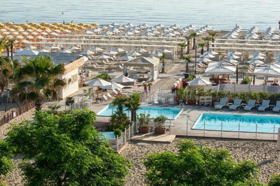 Spiaggia le palme 88 89 riccione vista dall 39 alto foto di spiaggia le palme 88 89 riccione - Bagno 99 riccione ...