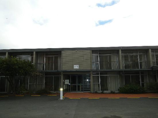 Sudima Hotel Lake Rotorua: Vista del frente del hotel