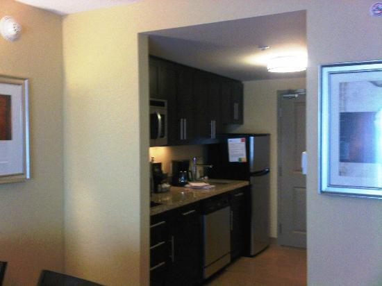 TownePlace Suites Sudbury: Good kitchen facilities