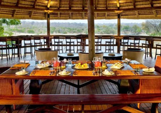 Ulusaba Safari Lodge dining