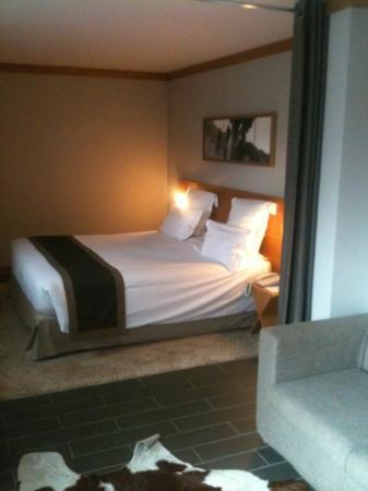 โรงแรมเลอมอร์เกน: la junior suite