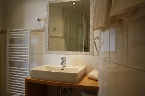 Bierhotel LONCIUM: Bathroom