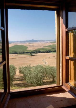 Agriturismo Terrapille: Blick aus einem Zimmerfenster -Terrapille