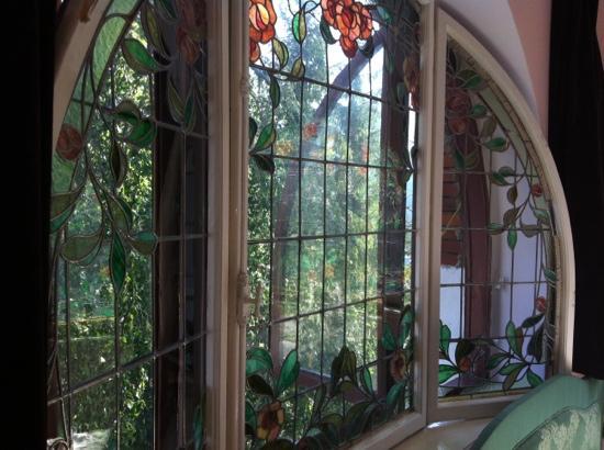 Vila Retezat : bedroom window