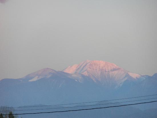 Villa Mansa Wine Hotel & Spa: Morning sun hitting the Andes