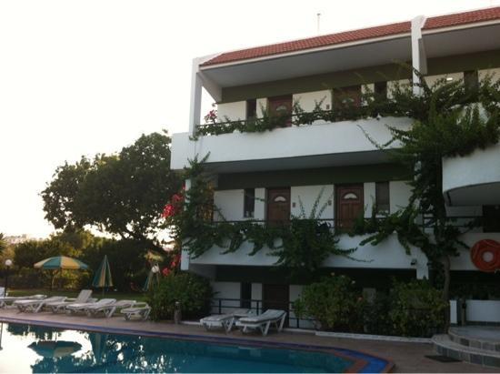 Hotel Terinikos: una parte dell'hotel