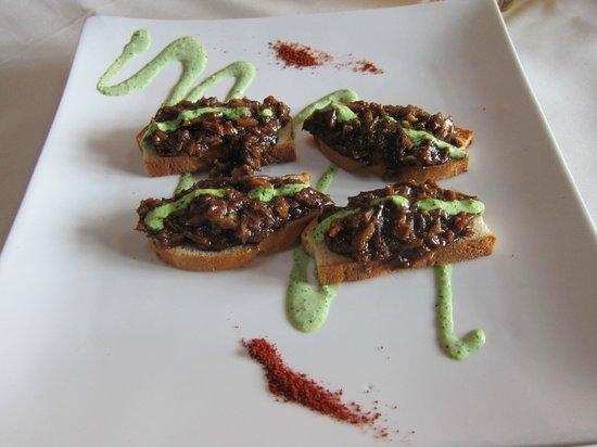 Elementos Restaurante: Duck Crostini