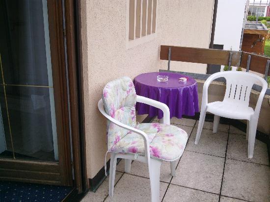 Gasthof-Hotel Adler: Balkon für Raucher