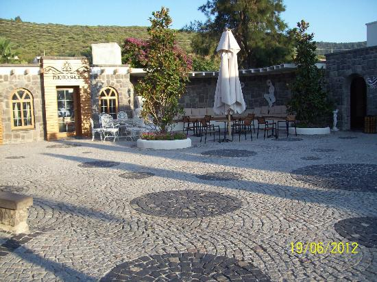 Voyage Torba: The Courtyard outside the main reception